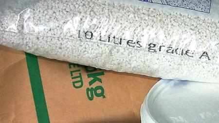 690x390-building-materials-bags